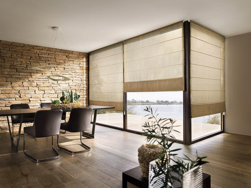 eine fenster abschirmung wie geschaffen f r kinder und haustiere heimtex ideen. Black Bedroom Furniture Sets. Home Design Ideas