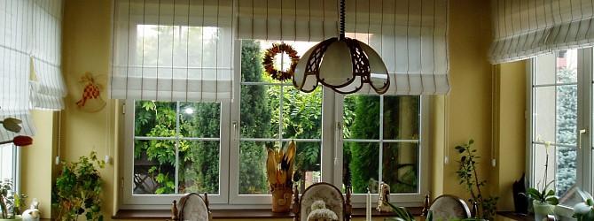 japanische wand harmoniert gut mit raffrollos heimtex ideen. Black Bedroom Furniture Sets. Home Design Ideas